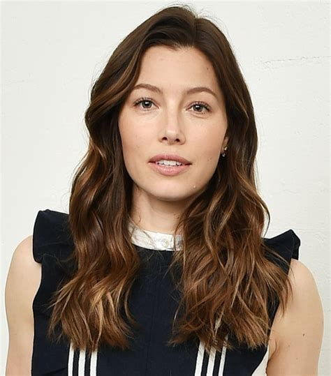 haircuts that take years off your face hairstyles that take 10 years off hairstyles by unixcode