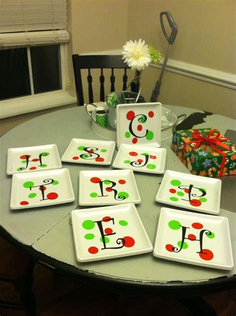 cricut christmas gift ideas dollar store plates vinyl youcanuppercasethat uppercaeliving ul http egirard