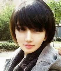 model rambut pendek wanita terbaru  wajah oval