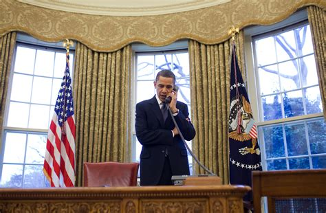 obama in the office free domain image president barack obama on phone