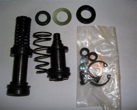 Karet Brake Mitsubishi Ps100 brake master cylinder kit m ps100 alat mobil
