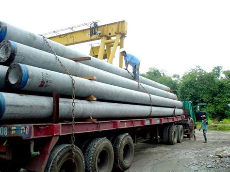 Rental Truk Crane Murah sewa truck crane rental truk crane trailer bj pile
