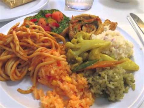 best vegan foods the best vegan food at loving hut for transitioning