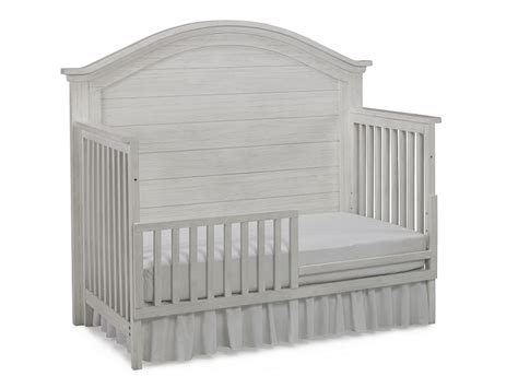Natart Belmont Convertible Crib With Tufted Panel Summer Highlands Convertible 4 In 1 Crib
