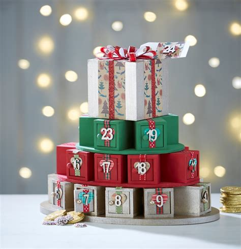 how to make an advent calendar how to make an advent calendar present stack hobbycraft