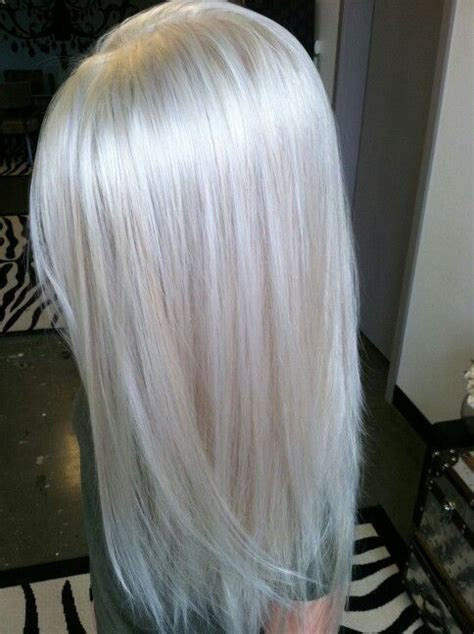 best clothing colors for platinum hair 418 best snow whites images on pinterest blondes
