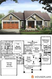 great room house plans one story 1000 ideas about two story houses on