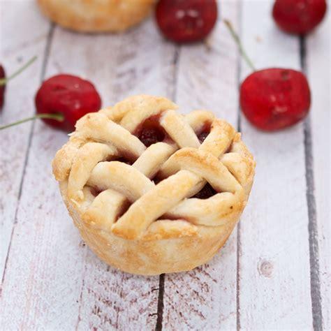 sweet pea s kitchen 187 mini cherry pies