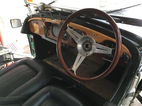 bentley steering fitting up the bespoke leather steering wheel cover
