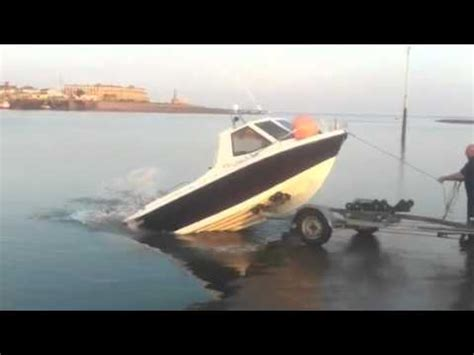 warrior boats lancashire launching a warrior fishing boat the quick way wesellbo