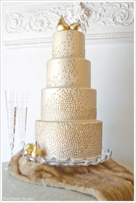 All Dolled Up In Gilded Metallics by 1000 Ideas About Golden Cake On Duncan Hines