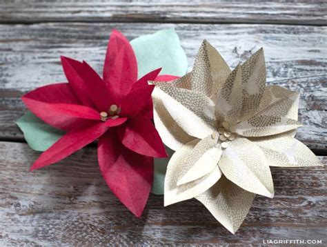 pattern for paper poinsettia diy paper poinsettia make paper party favors and patterns