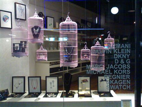 window display ideas shop window display inspiration