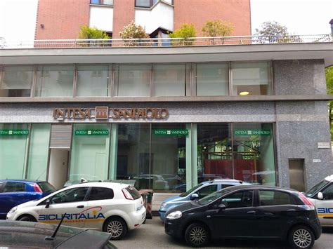 agenzie banca intesa gravissima responsabilit 224 di intesa san paolo per il furto