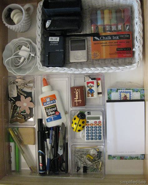 How To Organize In Drawers by Simple Steps To Organize A Junk Or Desk Drawer With Style
