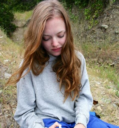 amanda seyfried old amanda seyfried on twitter quot old photo brown hair http