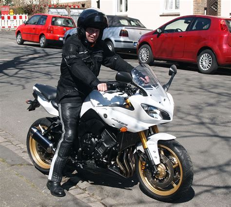 Motorrad Auspuff Einfahren by Yamaha Fazer8 Kradblatt