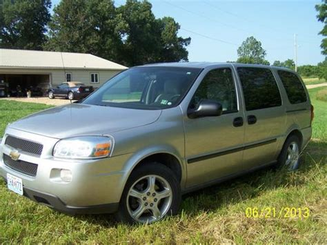 download car manuals 2008 chevrolet uplander seat position control service manual how cars engines work 2008 chevrolet uplander seat position control buy used