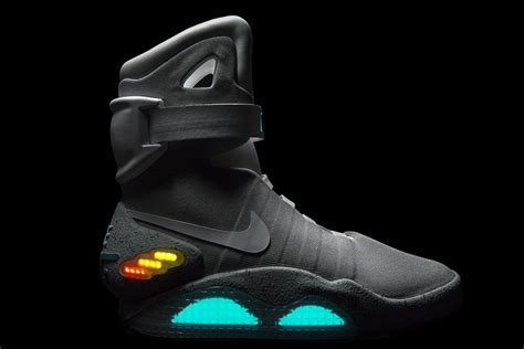 imagenes nike mag nike air mag quot back to the future quot multicolor 2012