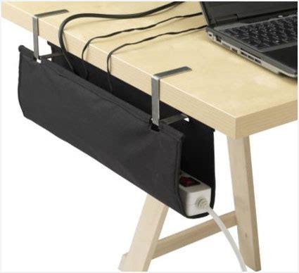 Kabel Unterm Schreibtisch Verstecken by Pc Schreibtisch Kabel Verstecken Wohn Design