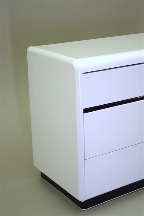 White Dresser And Nightstand Modern White Lacquered Dresser And Nightstand By At 1stdibs