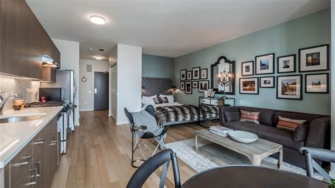 Apartment Furniture Chicago Il Streeterville S Newest Apartment Tower Has Spacious
