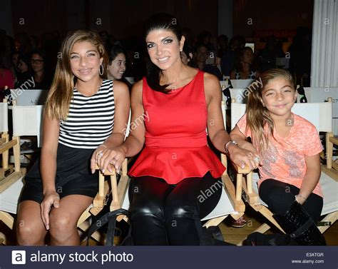 real housewives of new jersey teresa giudice punched in the face the real housewives of new jersey teresa giudice at the
