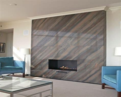 Modern floor tiles design for kitchen, scraped light wood