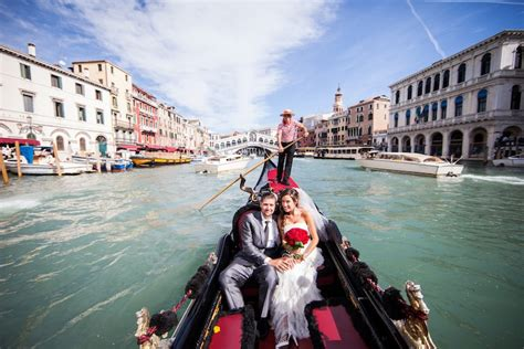 gondola boat for gondola and boats for wedding italian destination weddings