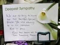 what to write on funeral flowers card for auntie good