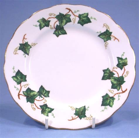 leaf pattern china colclough bone china ivy leaf pattern trio collectable china