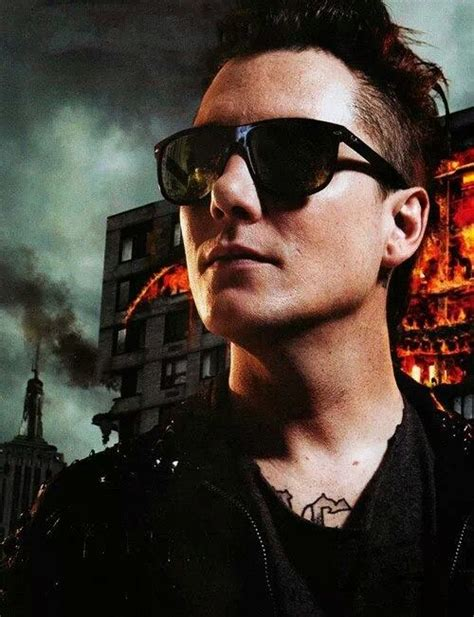 Synyster Gates Hairstyle by Synyster Gates 2014 Hairstyle Www Pixshark Images