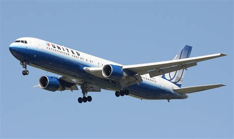 united airlines wikipedia file united airlines boeing 767 322er jpg wikipedia