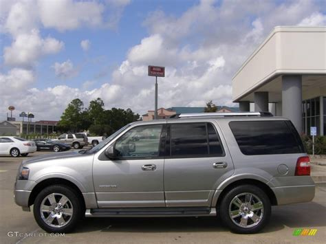Expedition E6672 Silver 2 2008 vapor silver metallic ford expedition limited 19359005 photo 2 gtcarlot car color