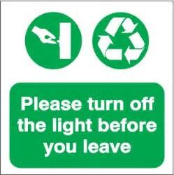 the lights before waste management sign was1018 turn the