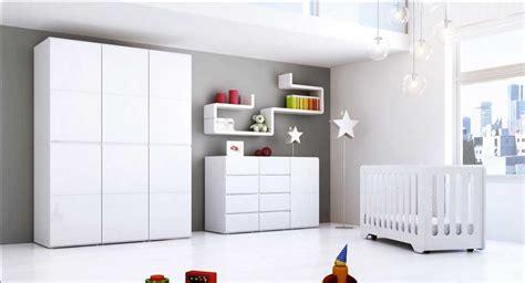 babybett komplett im schlafzimmer ideen babyzimmer ideen schaffen sie eine atmosph 228 re spa 223