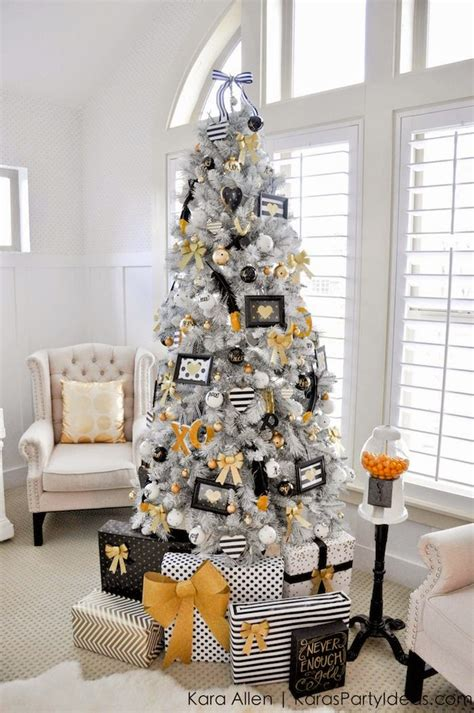 pictures of black and gold christmas tree and blue paperie 10 best tree decorating ideas