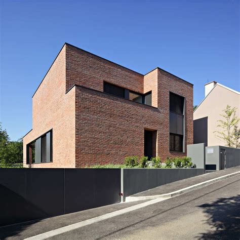minimalist brick house 벽돌집 dva arhitekta d o o podfuscak residence 5osa 오사