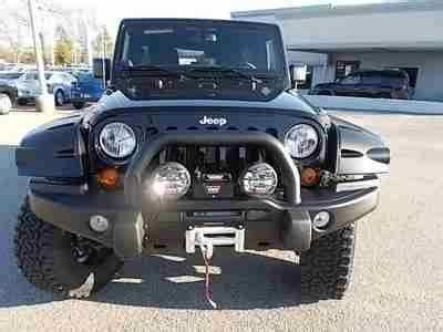 find new jeep wrangler 4x4 road top lift tires