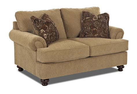 old brick recliners klaussner greenvale traditional loveseat with rolled arms