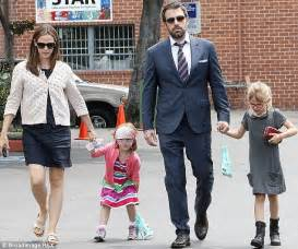 Build My House Online by Ben Affleck Gushes About Wife Jennifer Garner But Won T Co