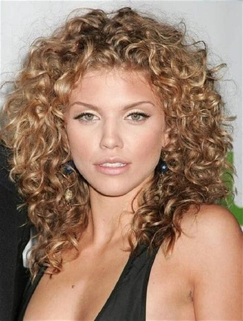 hairstyles to curly hair smart tips how to style naturally curly hair hairstyle