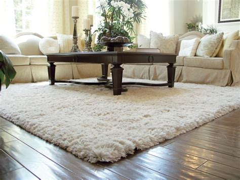 weisser teppich wohnzimmer wohnzimmerteppich 65 beispiele wie sie den