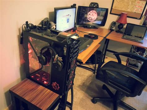 Cool Computer Setups And Gaming Setups L Shaped Gaming Computer Desk