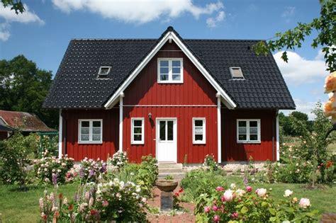 veranda schwedenhaus best 25 schwedenhaus fertighaus ideas on