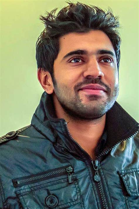 actor vineeth movies list nivin pauly s new film creates sensation south indian