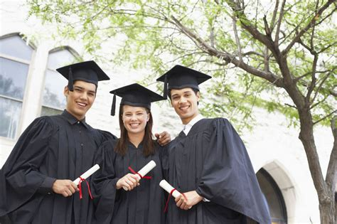 ideas for college students 11 useful graduation gift ideas for college students