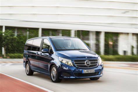 luxury minivan mercedes mercedes v class luxury minivan pictures and details