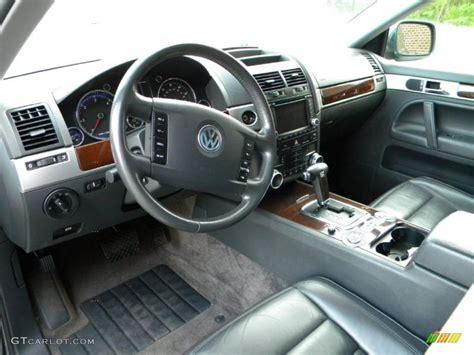 volkswagen touareg interior 2004 2004 volkswagen touareg v10 tdi interior photo 40627706
