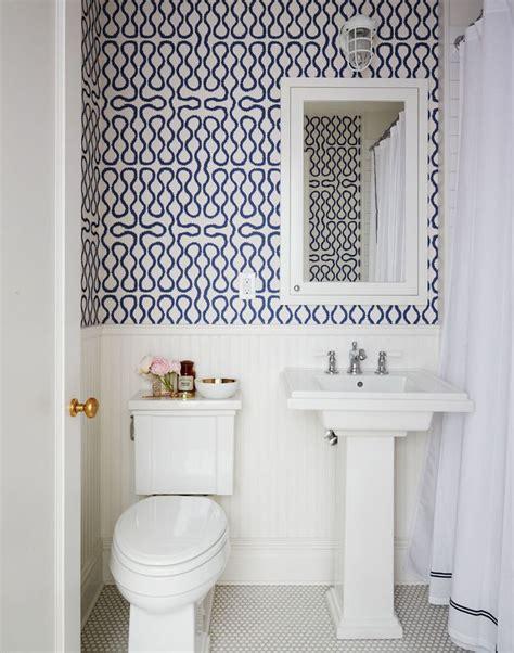 tips  rocking bathroom wallpaper
